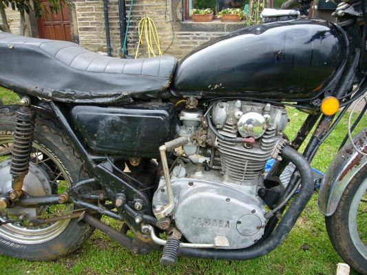 Click to view full size image  ==============  1975 Yamaha XS650 Before Restoration
