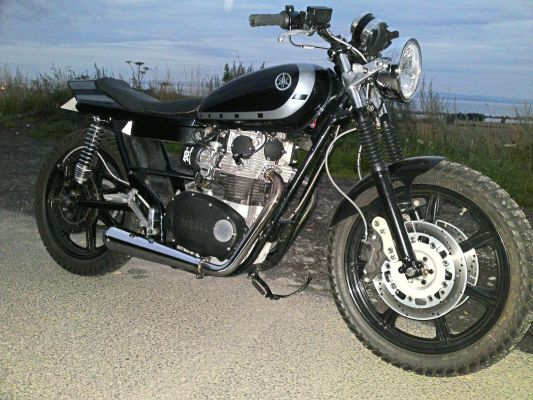 Click to view full size image  ==============  1975 yamaha XS650
